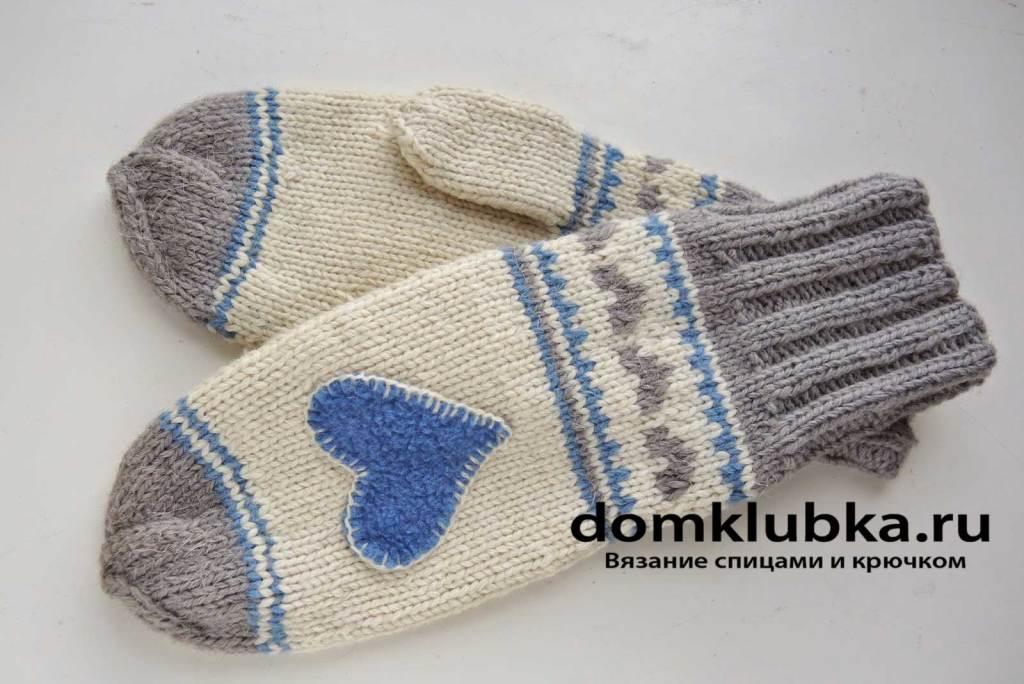 Детские рукавицы с сердцем из фетра