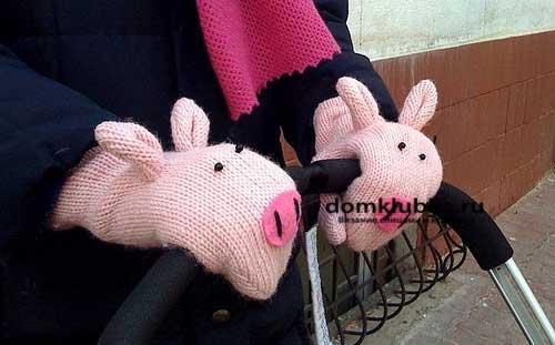 Рукавицы могут быть и в виде свиней