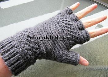 Модные серые перчатки