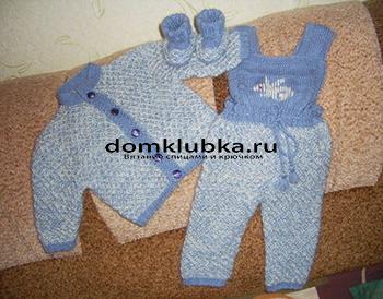 Вязаный костюмчик для новорожденного мальчика