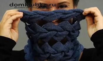 Красивый шарф с косами