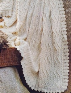 Вязание пледа белого цвета