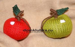 Украшение яблоки в снегу