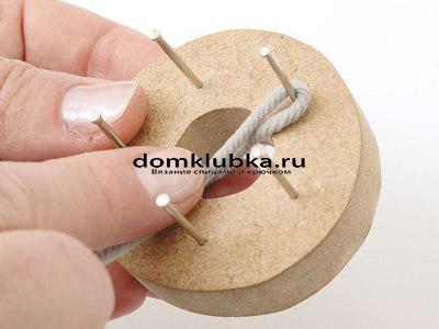 Плетение круглого пояса-шнура - процесс вязания №2
