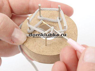 Плетение круглого пояса-шнура - процесс вязания №5