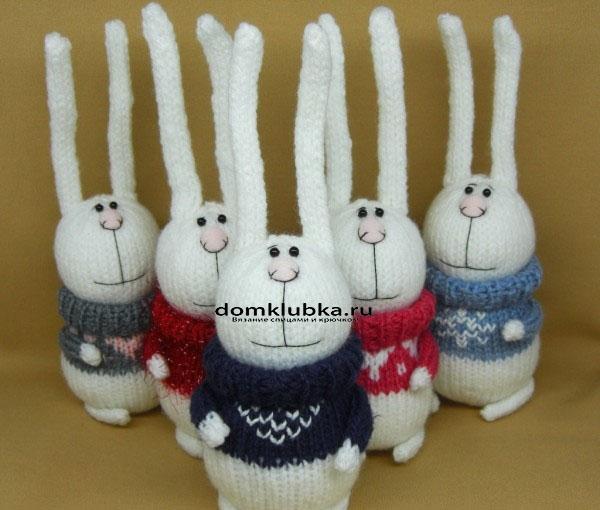 Ушастые вязаные кролики