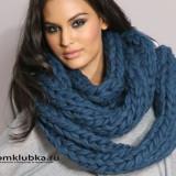Модный шарф связаный спицами