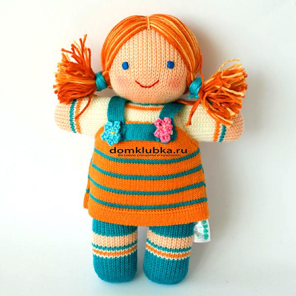 модная вязаная кукла