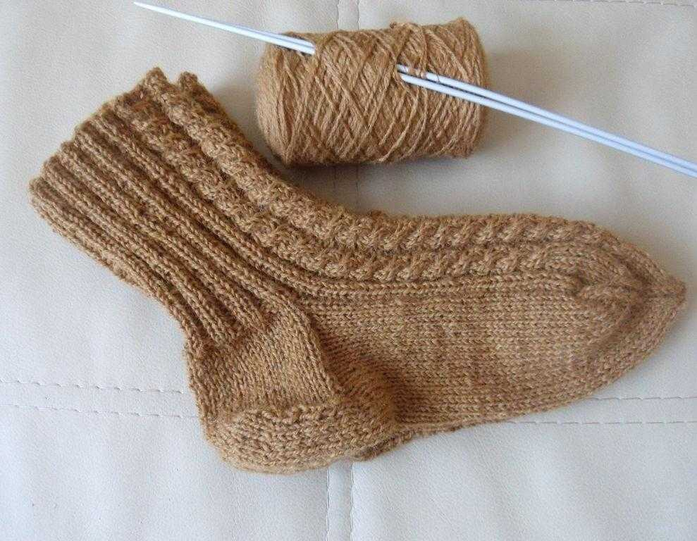 Носки на пяти спицах