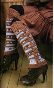 Женские гетры в фольклорном стиле с пуговицами