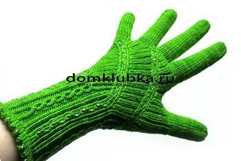 Стильные зелёные перчатки