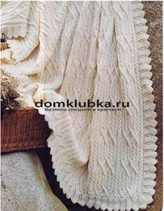 Белое вязаное покрывало спицами
