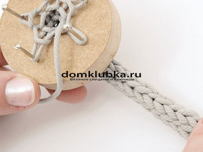 Плетение круглого пояса-шнура - процесс вязания №7