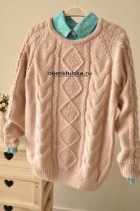 Стильный свитер с ромбиками