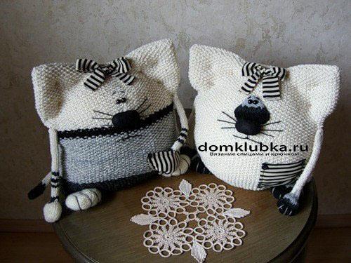 игрушки-подушки с полосатыми бантиками