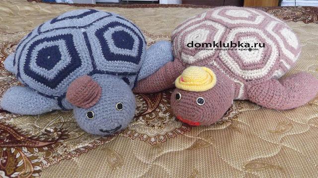 Удобные вязаные подушки черепашки