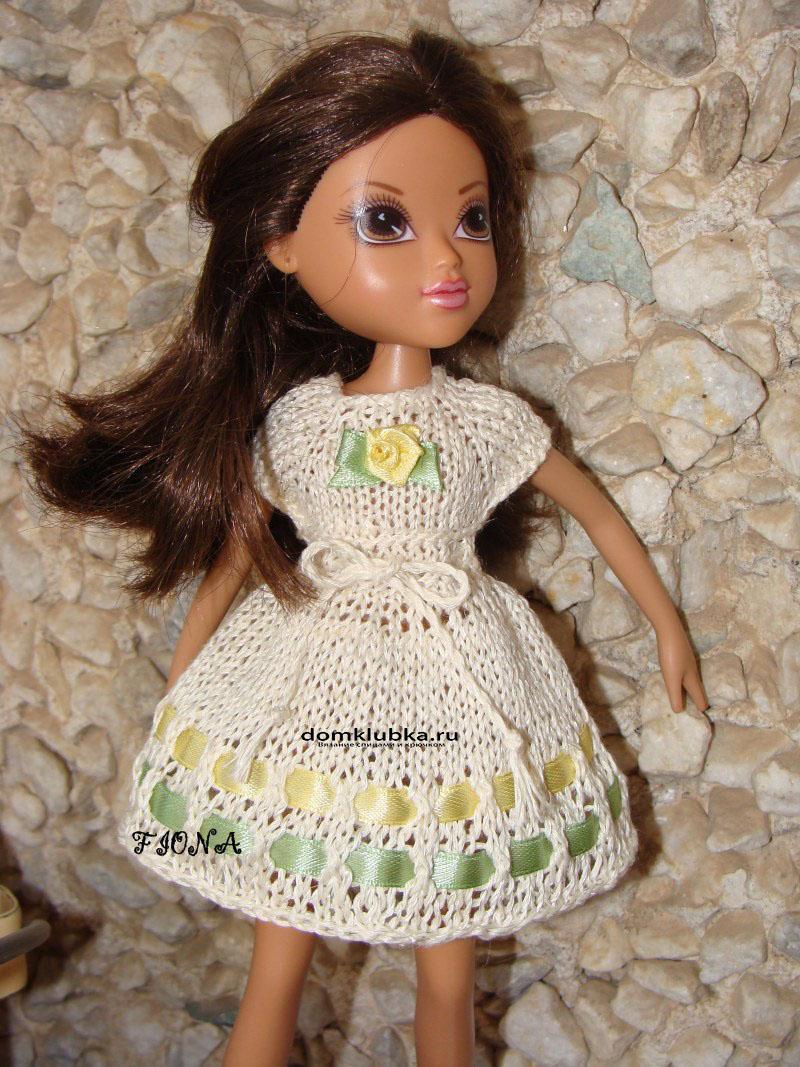 милое вязаное платье для куколки