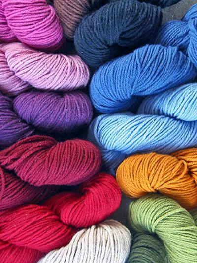 Разноцветная шерсть для вязания спицами